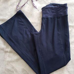 Tangerine blue boot cut yoga pants. Size Small